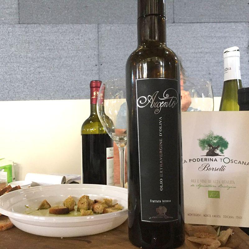 Olio Novo a settembre: olio extravergine d'oliva