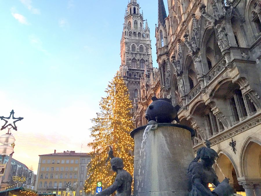 munich marienplatz fish fountain