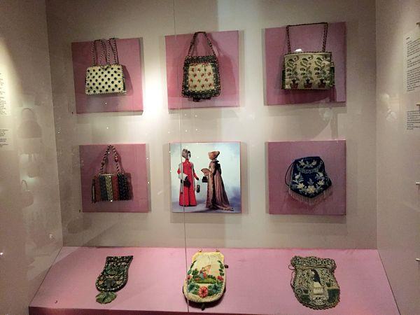Amsterdam bags purses museum shopping StyleAvengerGoesNorth