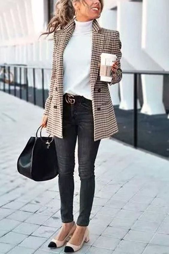 Sweater, skinny jeans, ballerina flats